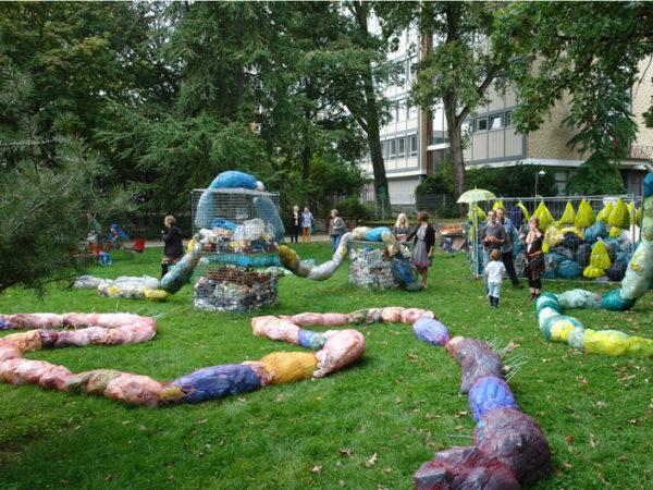 SkulpturMüllSkulptur gabriele juvan stadtlabor frankfurt wallanlagen